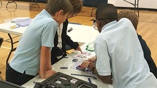Annapolis students working on STEM projects