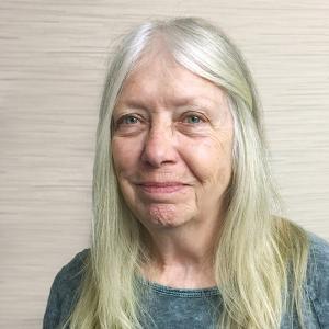 Elaine Brouwer headshot